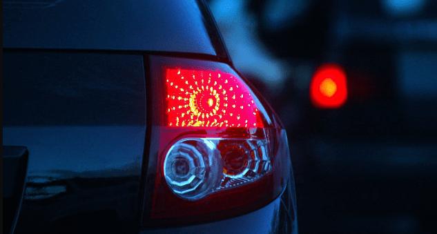 Waspada Bahaya Gunakan Lampu Rem Kendaraan Bergaya Kelap-kelip