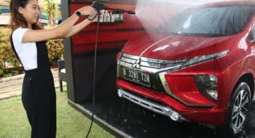 cara membersihkan mobil sendiri dengan mudah