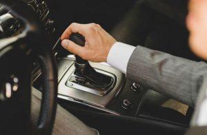 solusi mobil matic tidak bisa mundur