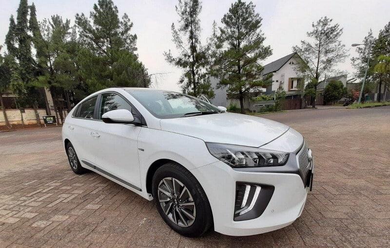 harga mobil listrik indonesia