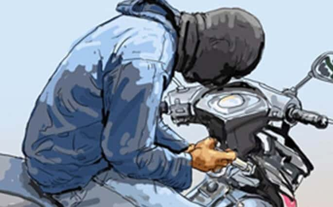 ilustrasi maling motor